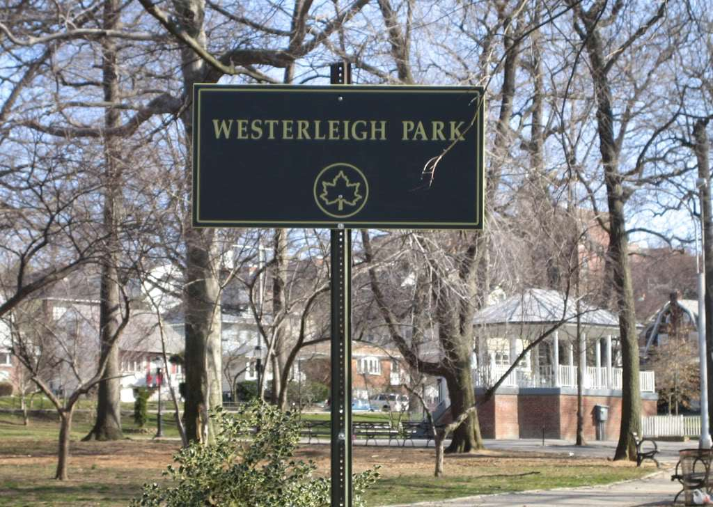 Westerleigh Park - park  | Photo 10 of 10 | Address: Willard Ave. &, Woodbridge Pl, Staten Island, NY 10314, USA