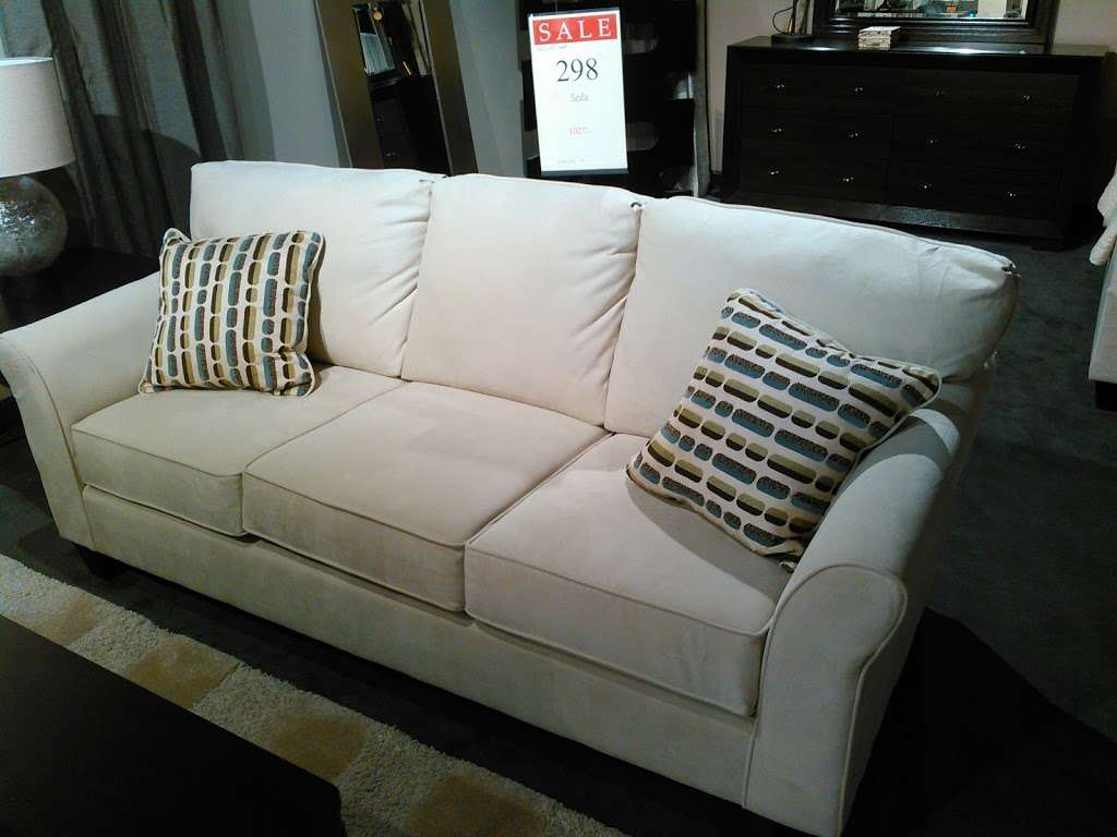 Mor Furniture for Less - furniture store    Photo 8 of 9   Address: 6965 Consolidated Way, San Diego, CA 92121, USA   Phone: (858) 689-7914
