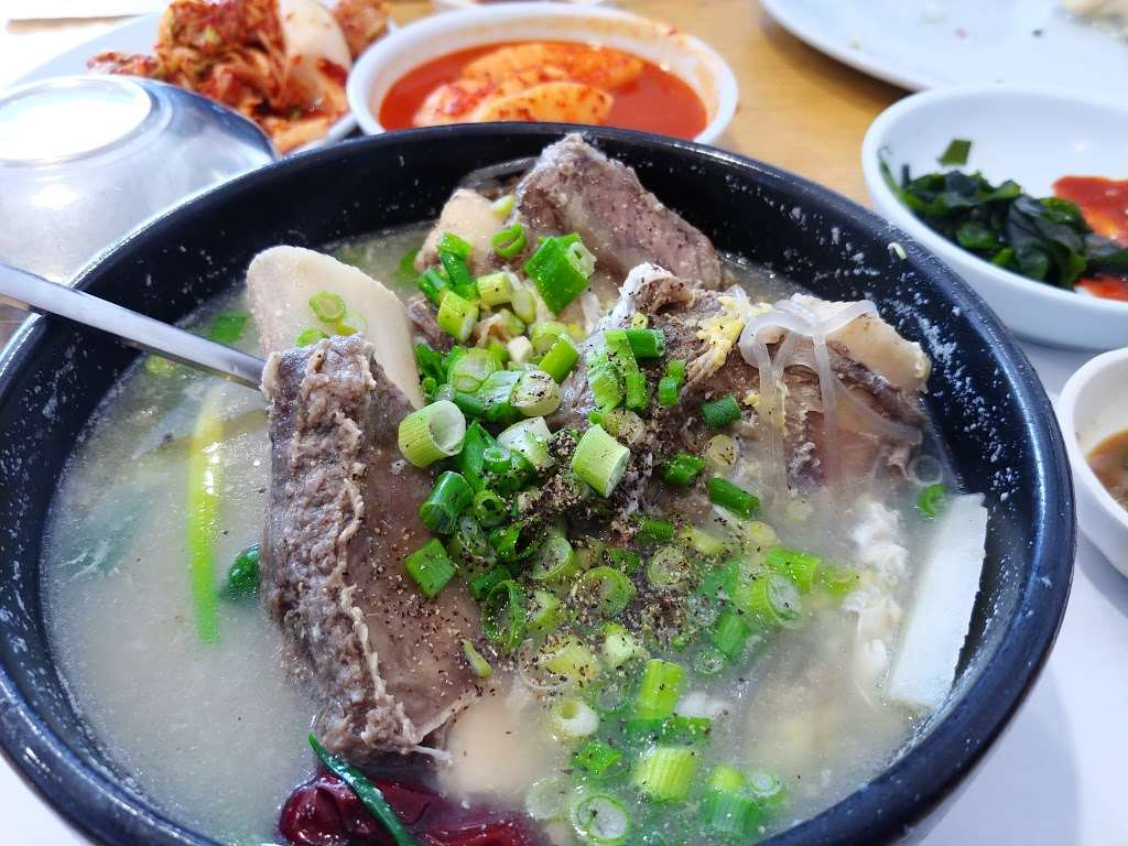 Hanuri Restaurant 한우리 식당 - restaurant  | Photo 7 of 10 | Address: 12942 Galway St suite b, Garden Grove, CA 92841, USA | Phone: (714) 534-9494