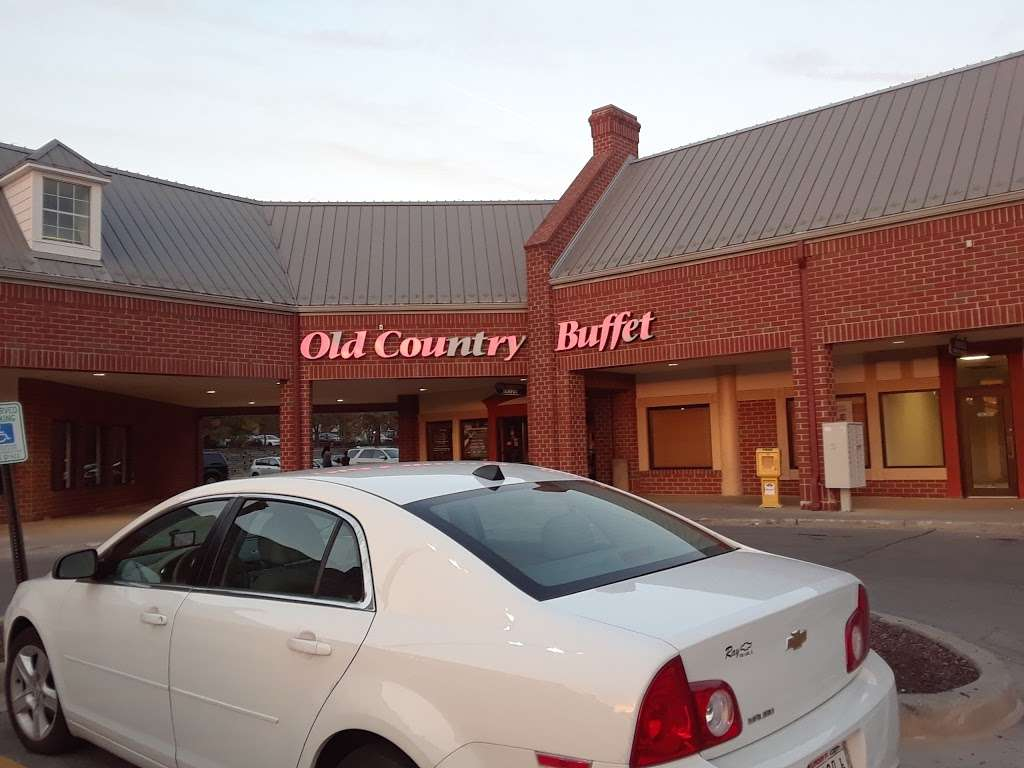 Old Country Buffet - restaurant    Photo 4 of 10   Address: 4902 S 74th St, Greenfield, WI 53220, USA   Phone: (414) 282-8431