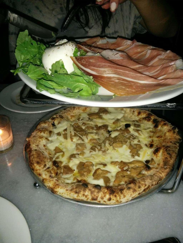 Bar Veloce - restaurant  | Photo 7 of 10 | Address: 146 W Houston St, New York, NY 10012, USA | Phone: (212) 253-9500