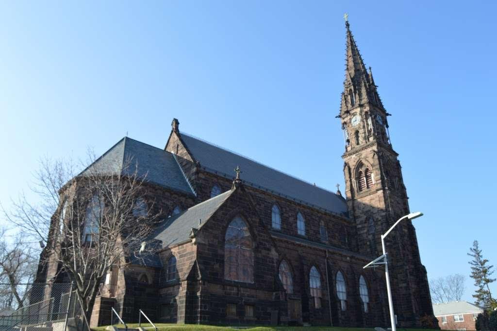 St Johns Roman Catholic Church - church  | Photo 6 of 10 | Address: 94 Ridge St, City of Orange, NJ 07050, USA | Phone: (973) 674-0110