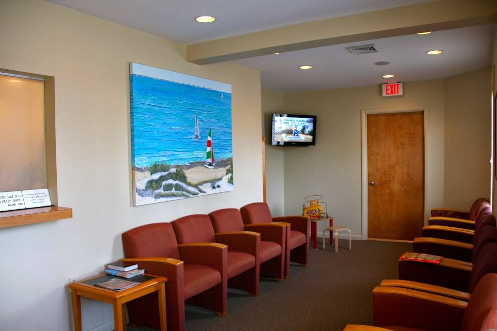 Dr. Tuggle Family Dentist Group - dentist  | Photo 3 of 8 | Address: 5715 Sellger Dr, Norfolk, VA 23502, USA | Phone: (757) 466-1700