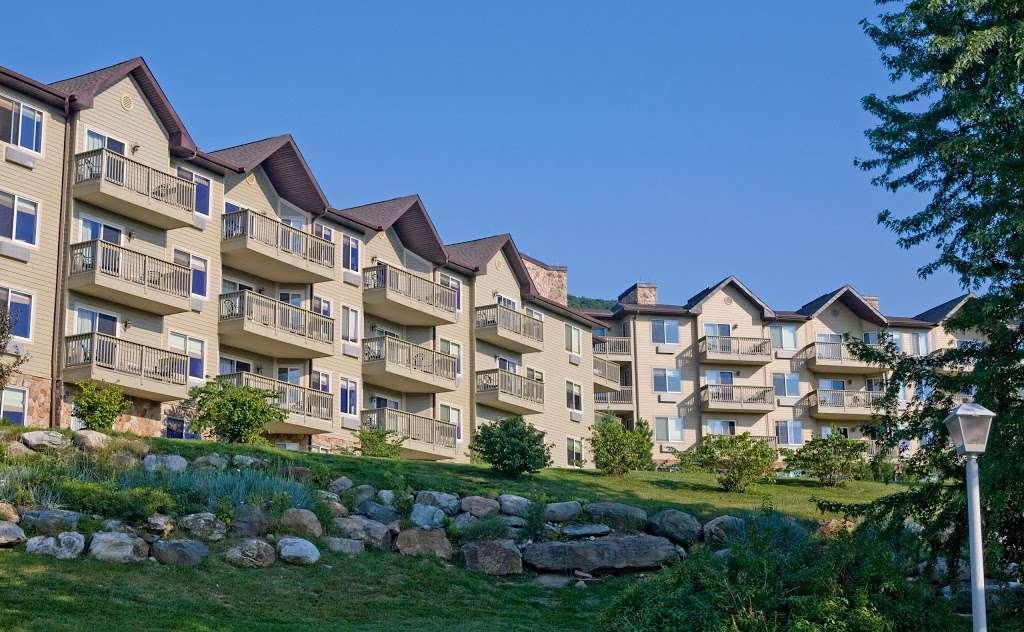 Minerals Hotel - lodging    Photo 6 of 10   Address: 2 Chamonix Dr, Vernon Township, NJ 07462, USA   Phone: (844) 237-1115