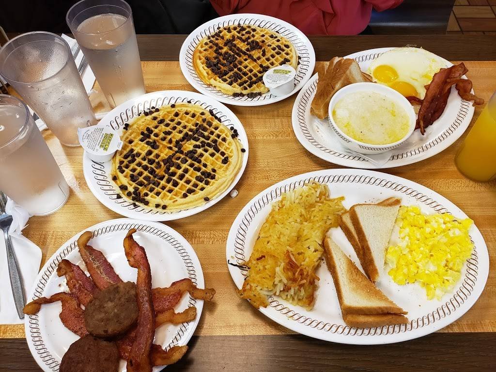 Waffle House - meal takeaway  | Photo 10 of 10 | Address: 120 W Spring Valley Rd, Richardson, TX 75081, USA | Phone: (972) 231-4802
