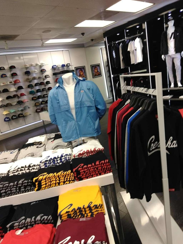 THE MARATHON CLOTHING - clothing store  | Photo 8 of 10 | Address: 3420 W Slauson Ave F, Los Angeles, CA 90043, USA | Phone: (323) 815-4959
