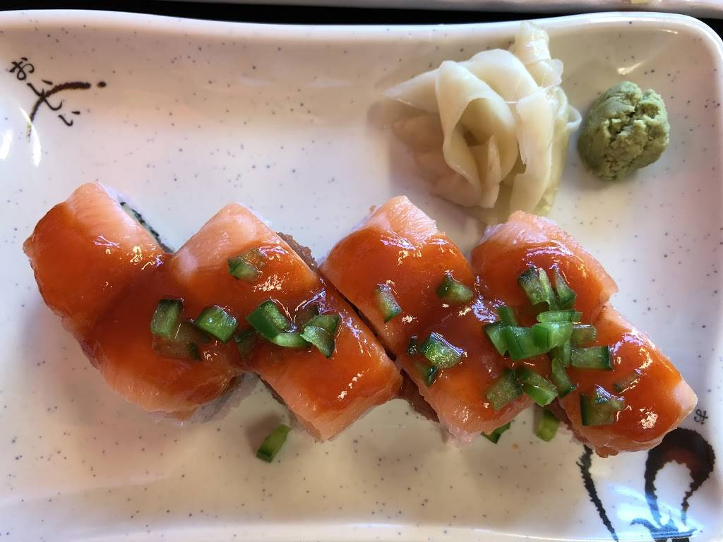 Sushi Go - meal delivery  | Photo 1 of 10 | Address: 8811 Teel Pkwy ste 130, Frisco, TX 75034, USA | Phone: (469) 294-0858