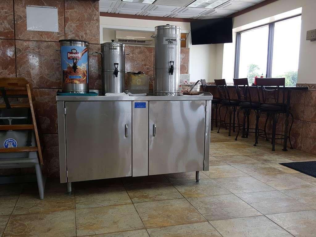 Wok DLite - cafe  | Photo 2 of 10 | Address: 1929 Garth Rd, Baytown, TX 77520, USA | Phone: (281) 420-5588