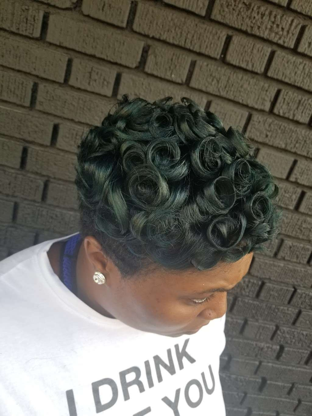 loveable stylez studio - hair care  | Photo 5 of 6 | Address: 2512 Foster Ave, Brooklyn, NY 11210, USA | Phone: (718) 313-5370