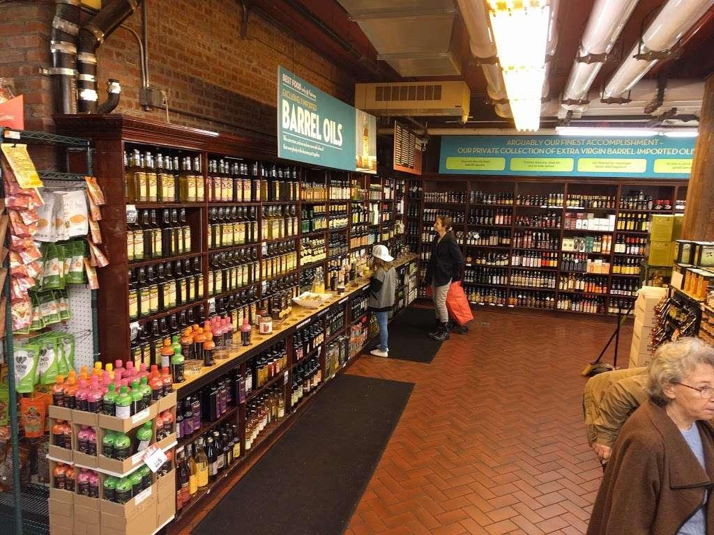 Fairway Market Red Hook - supermarket  | Photo 1 of 10 | Address: 480-500 Van Brunt St, Brooklyn, NY 11231, USA | Phone: (718) 254-0923