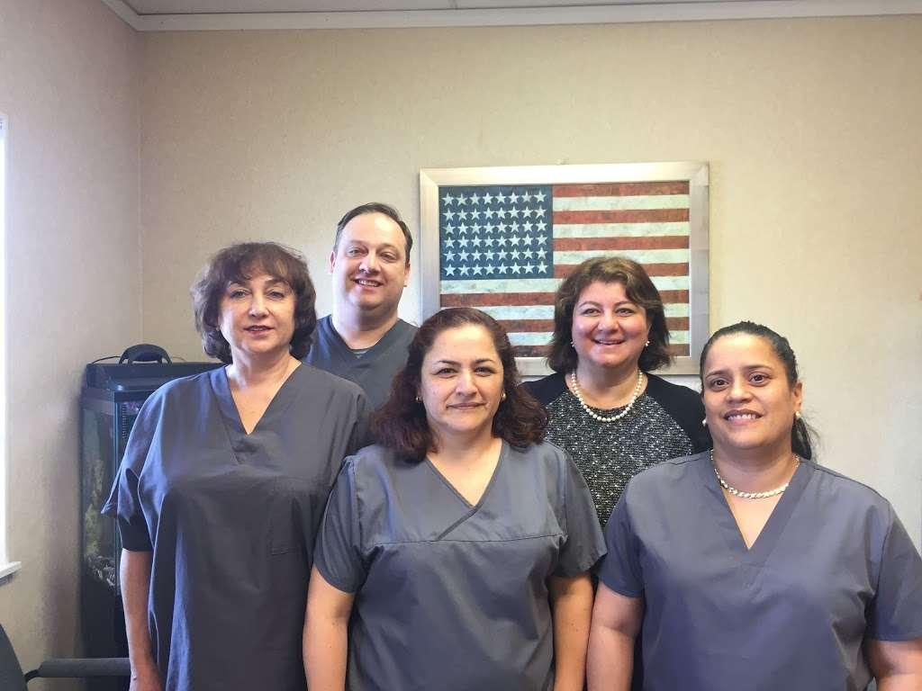 Dental Health, Paltac and Associates - dentist  | Photo 1 of 8 | Address: 40 Mayhill St, Saddle Brook, NJ 07663, USA | Phone: (201) 843-4430