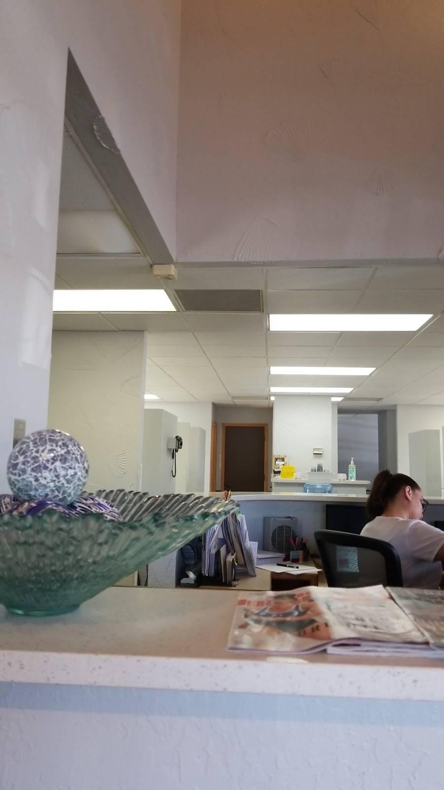 Dr. Ronald R Flores - dentist    Photo 3 of 4   Address: 1552 W St Marys Rd, Tucson, AZ 85745, USA   Phone: (520) 792-4738