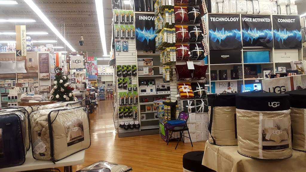 Bed Bath & Beyond - department store  | Photo 5 of 10 | Address: 558 N Frederick Ave, Gaithersburg, MD 20877, USA | Phone: (301) 548-9880