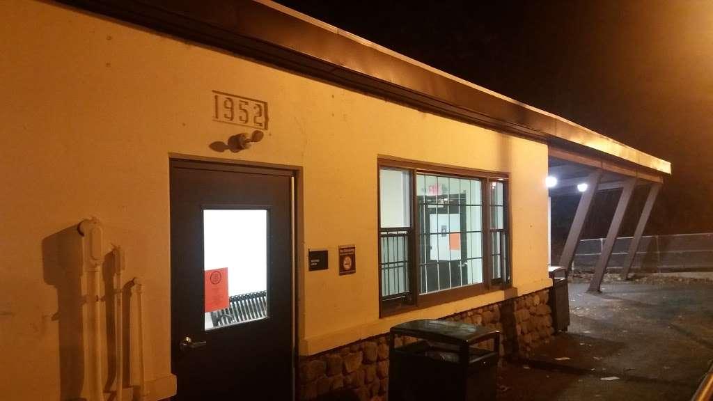 Ho-Ho-Kus Station - train station  | Photo 5 of 10 | Address: Brookside Ave & 1st St, Ho-Ho-Kus, NJ 07423, USA