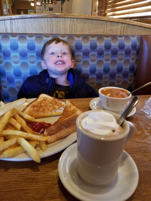 Pontiac Family Kitchen - restaurant  | Photo 10 of 10 | Address: 904 W Custer Ave, Pontiac, IL 61764, USA | Phone: (815) 844-3155