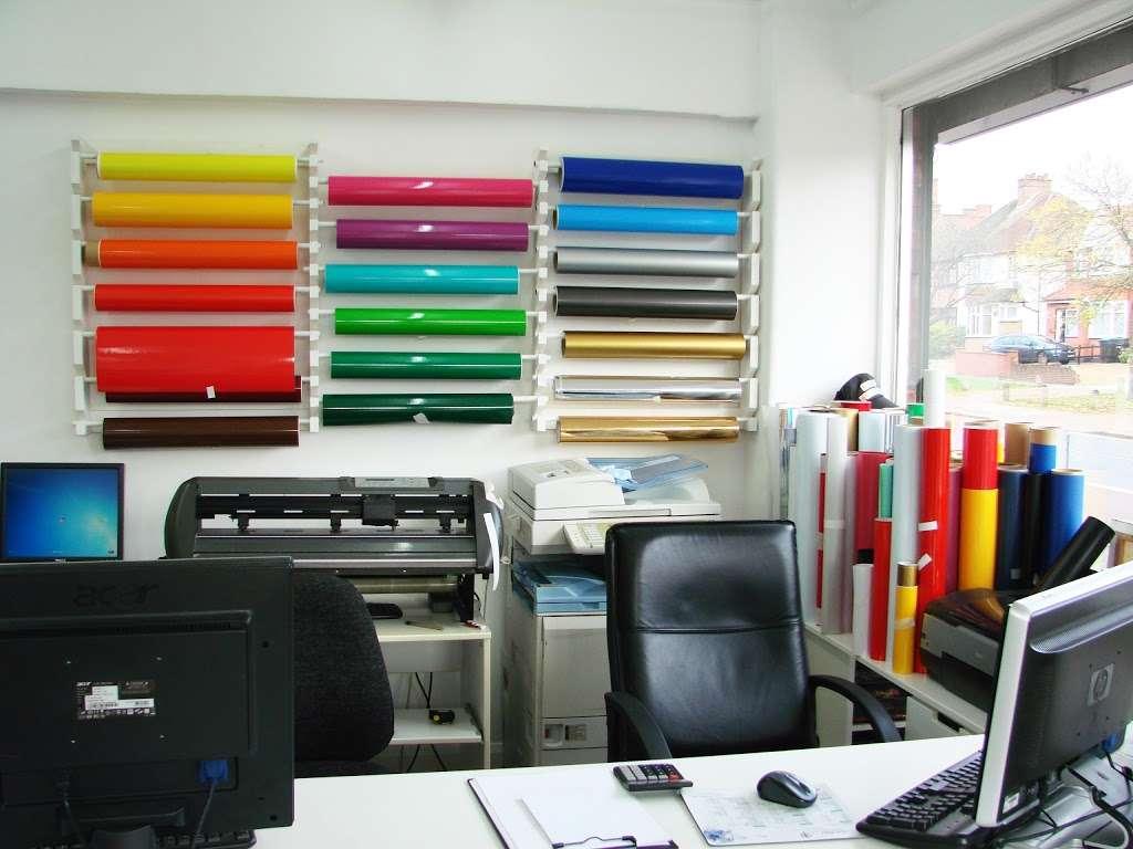 Sign of Style - clothing store  | Photo 6 of 10 | Address: 231 Harrow Rd, Wembley HA9 6DX, UK | Phone: 020 3609 0720