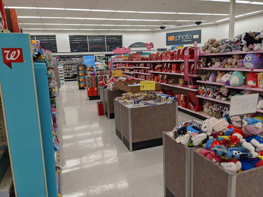 Walgreens - convenience store  | Photo 9 of 10 | Address: 9325 Parkway E, Birmingham, AL 35215, USA | Phone: (205) 833-6882