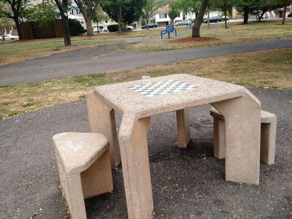 Dennis P. Collins Park - park  | Photo 3 of 10 | Address: Bayonne, NJ 07002, USA | Phone: (201) 858-6129