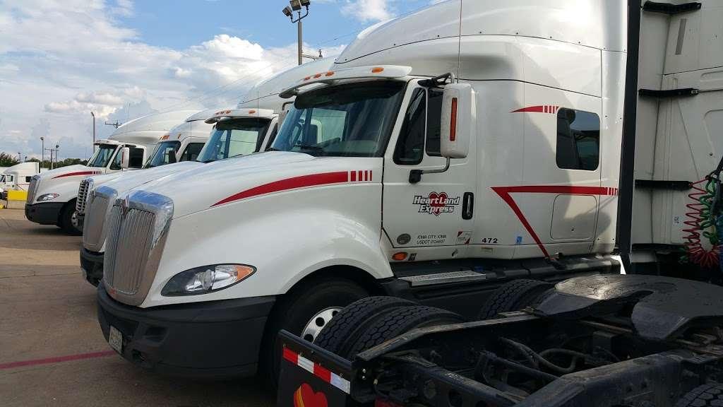 Heartland Express Inc - moving company  | Photo 4 of 10 | Address: 215 Environmental Way, Seagoville, TX 75159, USA | Phone: (866) 284-5605