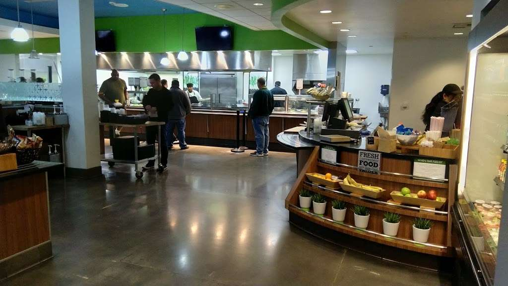 The Hangar - cafe  | Photo 4 of 10 | Address: 26140 Enterprise Way, Lake Forest, CA 92630, USA | Phone: (949) 455-2750