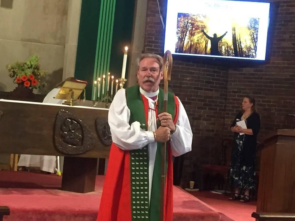 St Matthews Episcopal Church - church  | Photo 4 of 4 | Address: 9549 Highland Dr, Brecksville, OH 44141, USA | Phone: (440) 526-9865