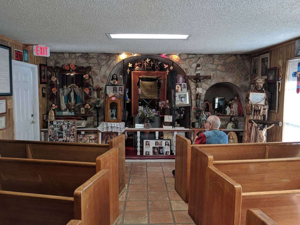 Los Milagros De Cristo - museum  | Photo 2 of 5 | Address: 2608 E 4th St, Austin, TX 78702, USA | Phone: (512) 469-0006