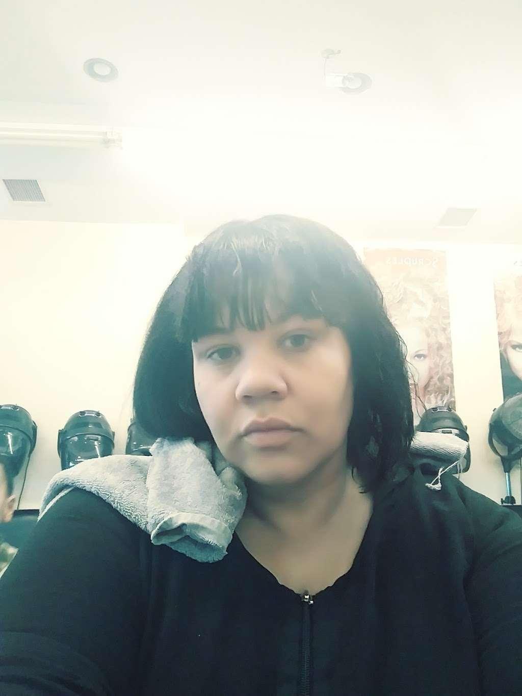 Yuris Hair Styling Salon - hair care  | Photo 2 of 2 | Address: 656 20th Ave, Paterson, NJ 07504, USA | Phone: (973) 345-4680