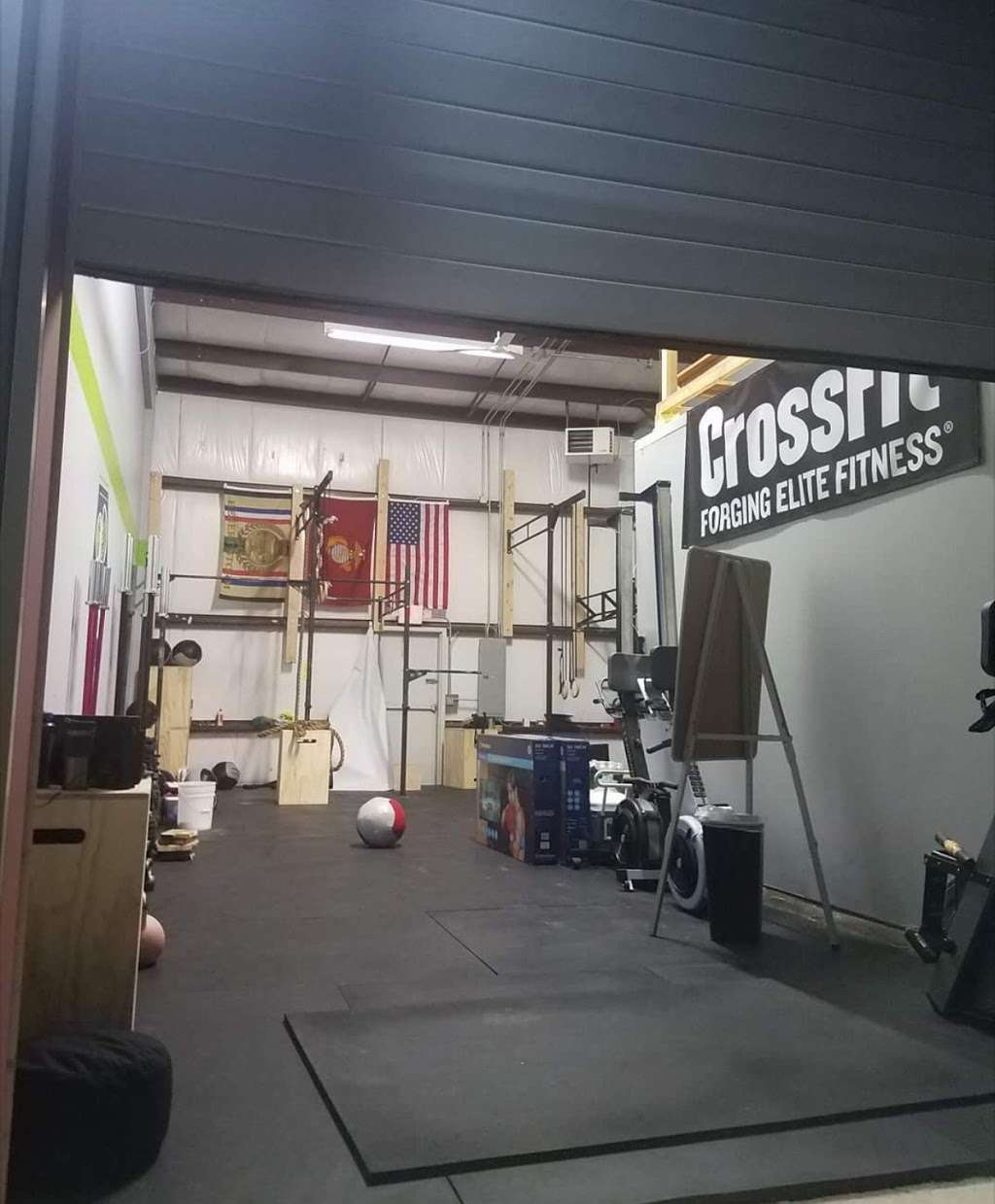 Clamtown CrossFit - gym  | Photo 4 of 10 | Address: 140 7th Ave # 2, Little Egg Harbor Township, NJ 08087, USA | Phone: (609) 812-2145