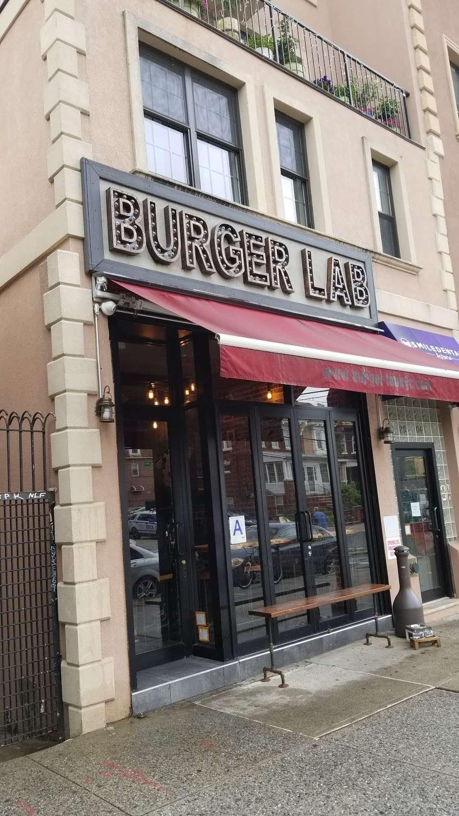 Burger Lab - restaurant  | Photo 3 of 10 | Address: 29-04 Ditmars Blvd, Long Island City, NY 11105, USA | Phone: (929) 454-8825