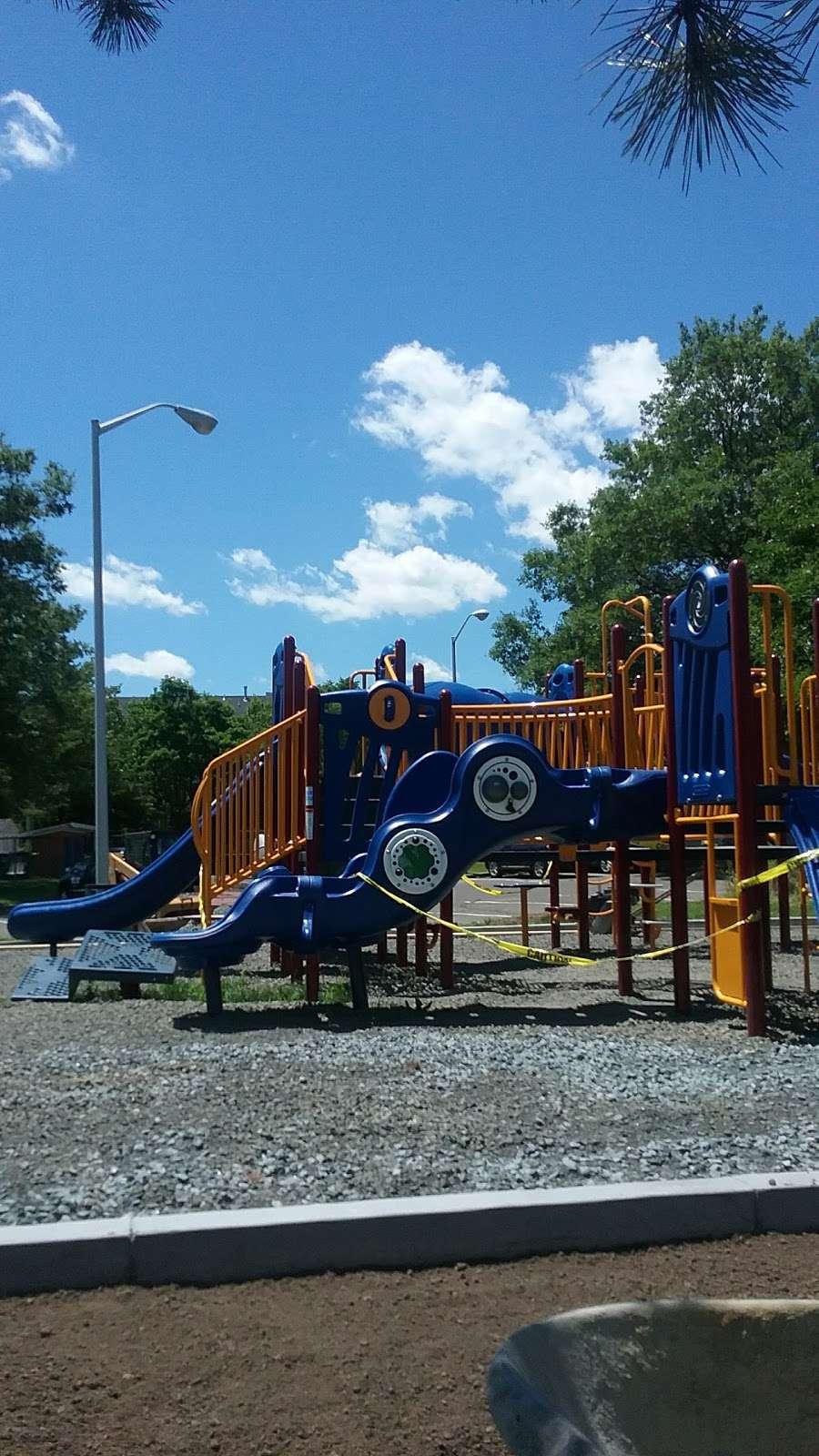 Schmidts Woods Park - park    Photo 9 of 10   Address: Millridge Rd, Secaucus, NJ 07094, USA   Phone: (201) 330-2078
