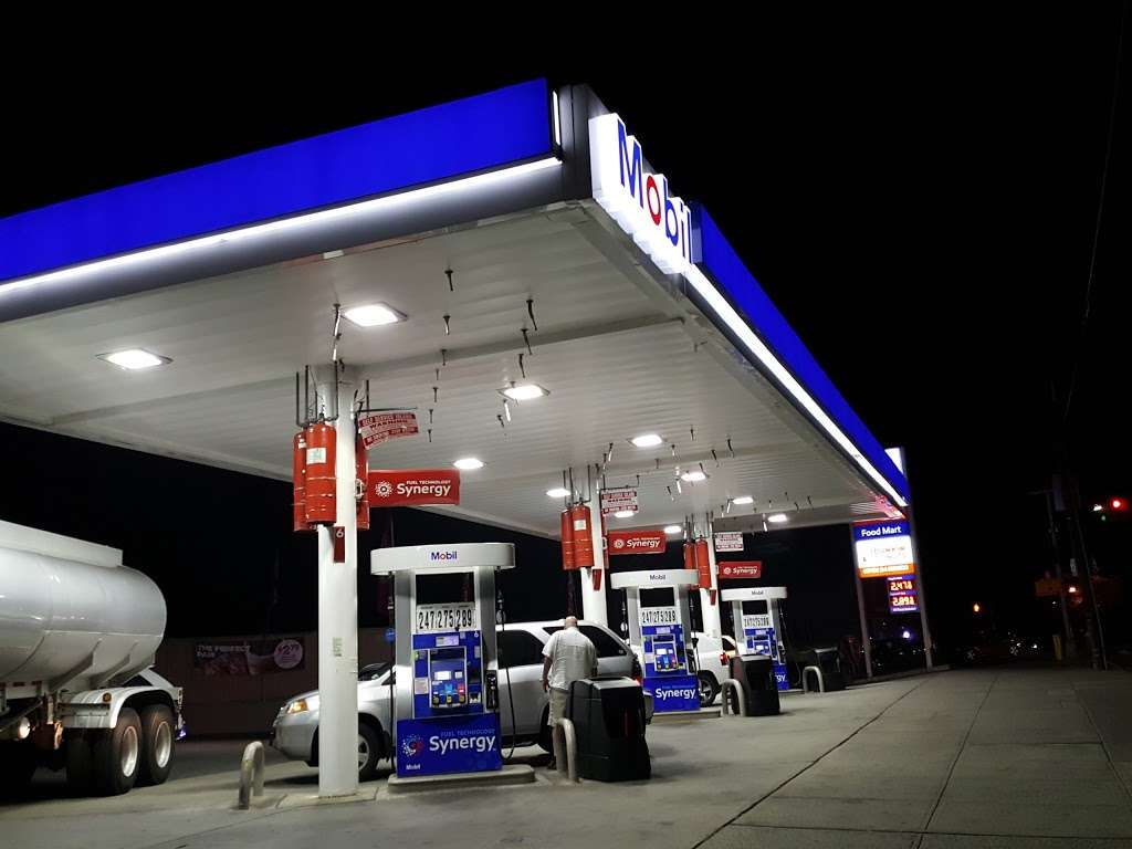 BP - gas station  | Photo 6 of 10 | Address: 4147 Throgs Neck Expy, Bronx, NY 10465, USA | Phone: (718) 824-9292