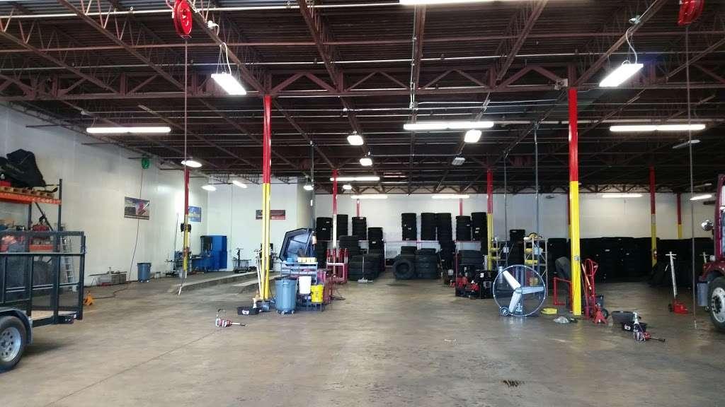 Rosen Tire Service - car repair  | Photo 2 of 10 | Address: 6801 Melton Rd, Gary, IN 46403, USA | Phone: (630) 779-7878