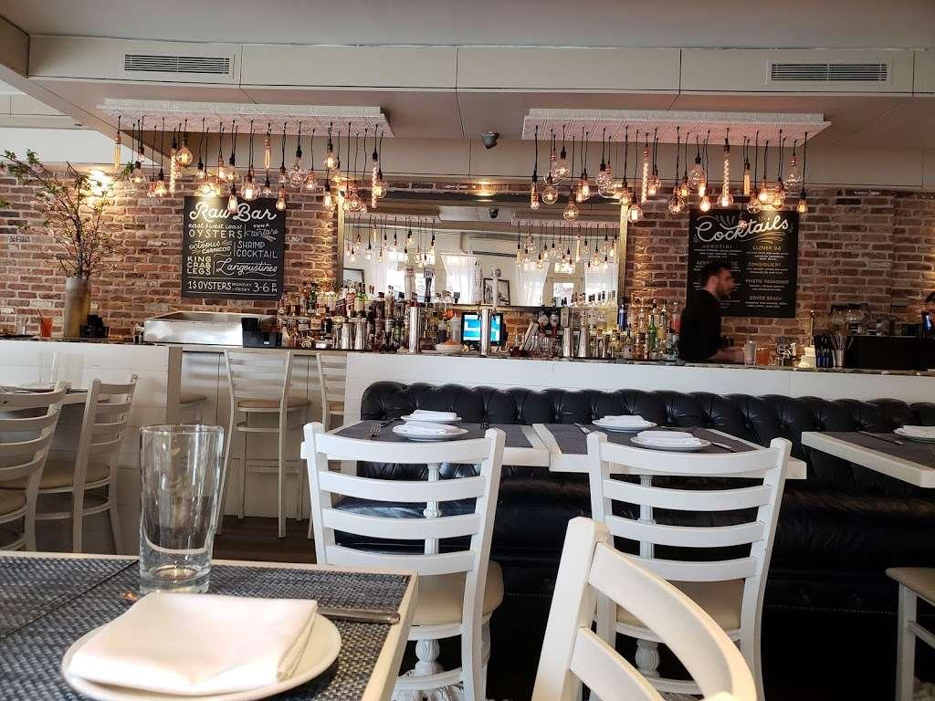 Akrotiri - restaurant  | Photo 1 of 10 | Address: 29-20 30th Ave, Astoria, NY 11102, USA | Phone: (718) 726-2447