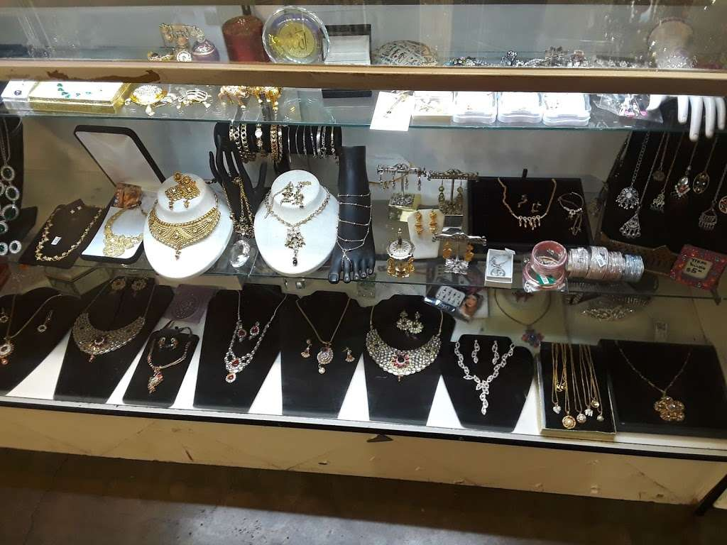 Unique Fashion Designer Jewelry Store 3130 North Rainbow Boulevard Las Vegas Nv 89108 Usa
