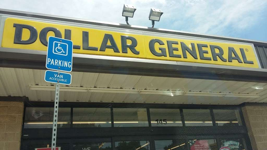 Dollar General - home goods store  | Photo 4 of 8 | Address: 145 N Chestnut St, Monrovia, IN 46157, USA | Phone: (317) 483-4190