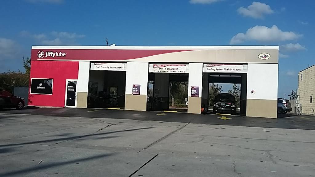 Jiffy Lube - car repair  | Photo 2 of 6 | Address: 4531 Conroy Rd, Orlando, FL 32811, USA | Phone: (407) 316-8413