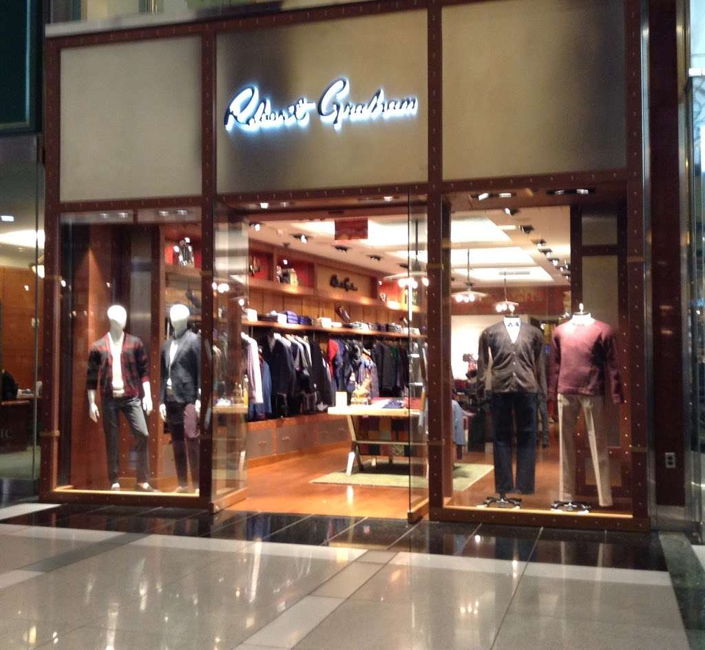 Robert Graham - clothing store  | Photo 3 of 10 | Address: 10 Columbus Cir, New York, NY 10019, USA | Phone: (212) 956-3251