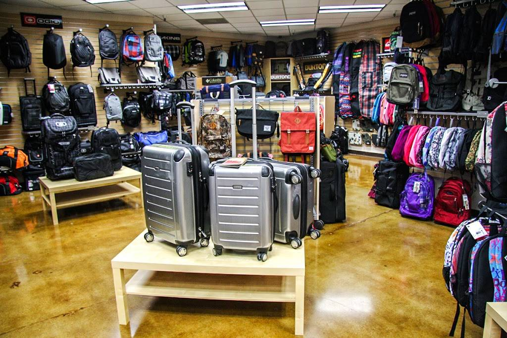 Bag King - store  | Photo 2 of 9 | Address: 717 Del Paso Rd Ste #100, Sacramento, CA 95834, USA | Phone: (916) 923-9530