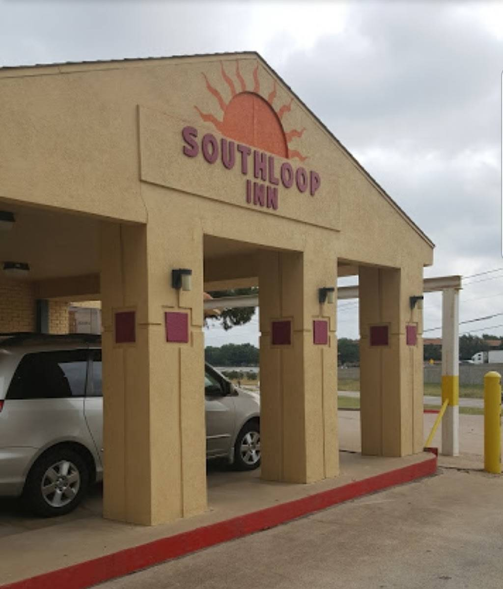 South Loop Inn - lodging  | Photo 1 of 10 | Address: 6328 South Fwy, Fort Worth, TX 76134, USA | Phone: (817) 293-5333