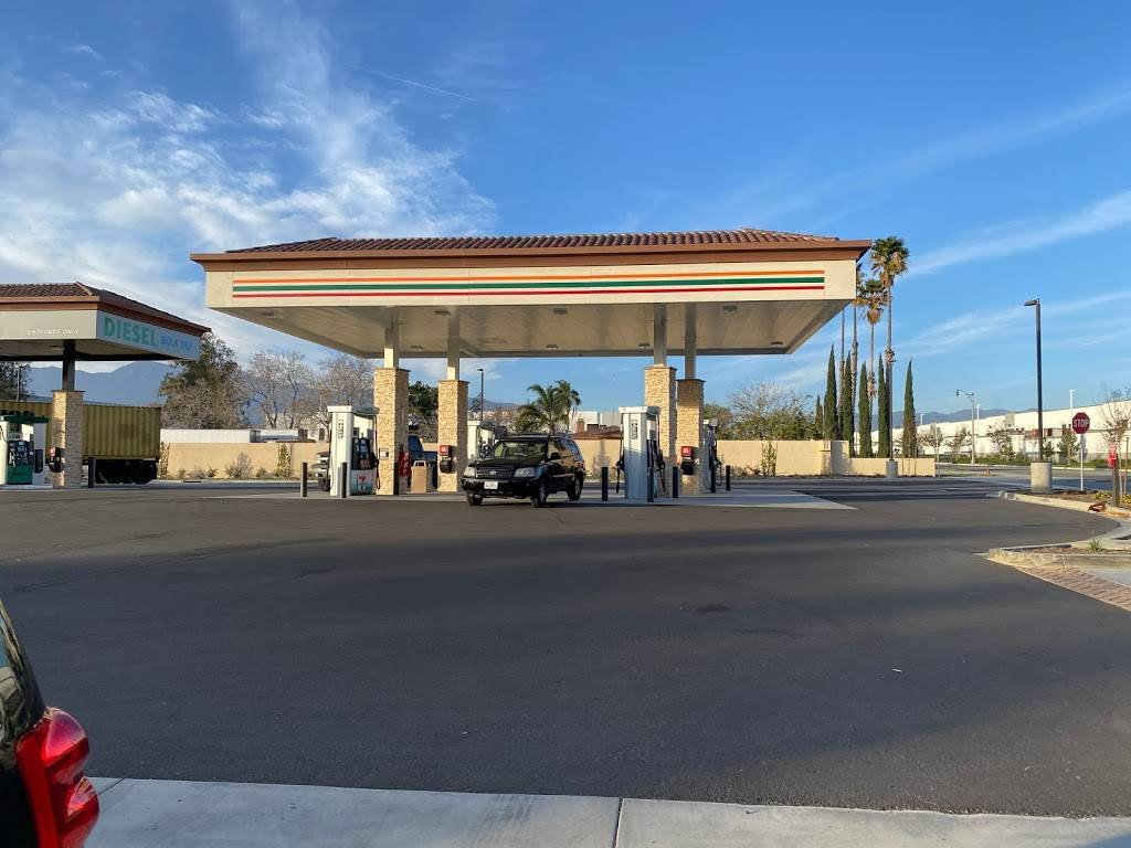 7-Eleven - convenience store  | Photo 1 of 9 | Address: 16060 Jurupa Ave, Fontana, CA 92337, USA | Phone: (909) 441-7004