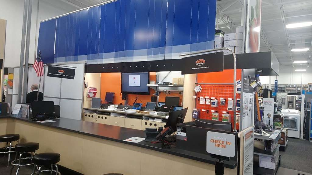 Best Buy - electronics store    Photo 10 of 10   Address: 18053 Garland Groh Blvd, Hagerstown, MD 21740, USA   Phone: (240) 420-8523