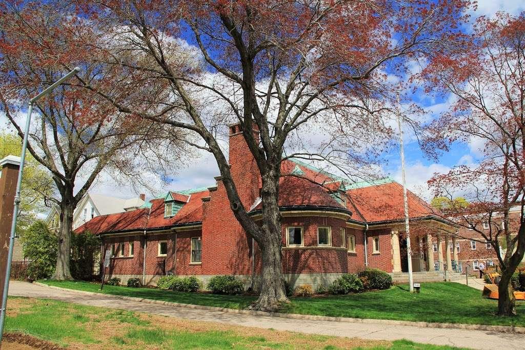 Richards Memorial Library - library  | Photo 3 of 5 | Address: 118 N Washington St, North Attleborough, MA 02760, USA | Phone: (508) 699-0122