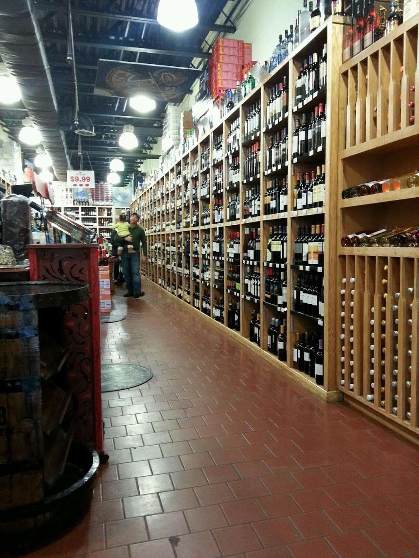 Heights Wine & Spirits Corporation - store  | Photo 1 of 10 | Address: 4474 Broadway, New York, NY 10040, USA | Phone: (646) 726-4102