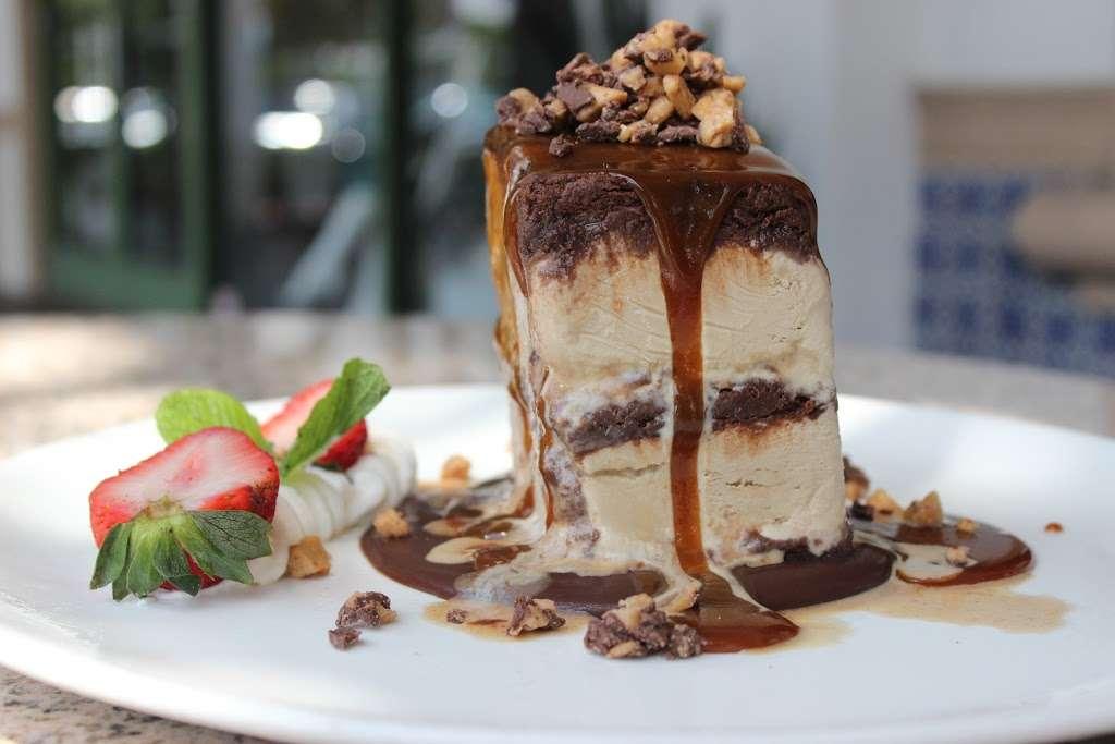 Henrys - restaurant  | Photo 6 of 10 | Address: 16850 Jog Rd, Delray Beach, FL 33446, USA | Phone: (561) 638-1949