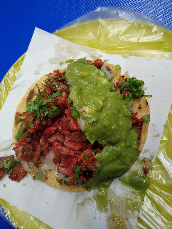 tacos noemi - restaurant    Photo 3 of 8   Address: Av. Ignacio Allende 7096, Azcona, 22100 Tijuana, B.C., Mexico