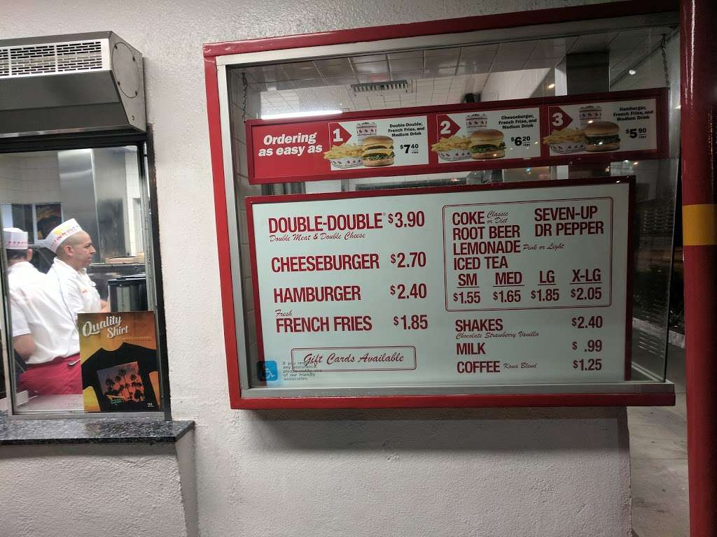 In-N-Out Burger - restaurant    Photo 6 of 10   Address: 10601 Lower Azusa Rd, Temple City, CA 91780, USA   Phone: (800) 786-1000