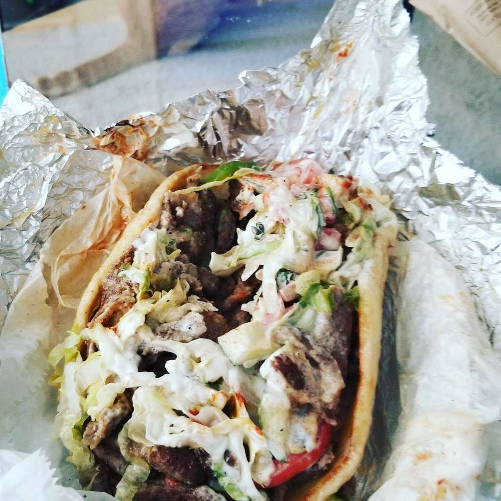 Just Combo - meal delivery  | Photo 9 of 10 | Address: 21-01 21st St, Queens, NY 11105, USA | Phone: (718) 606-6066