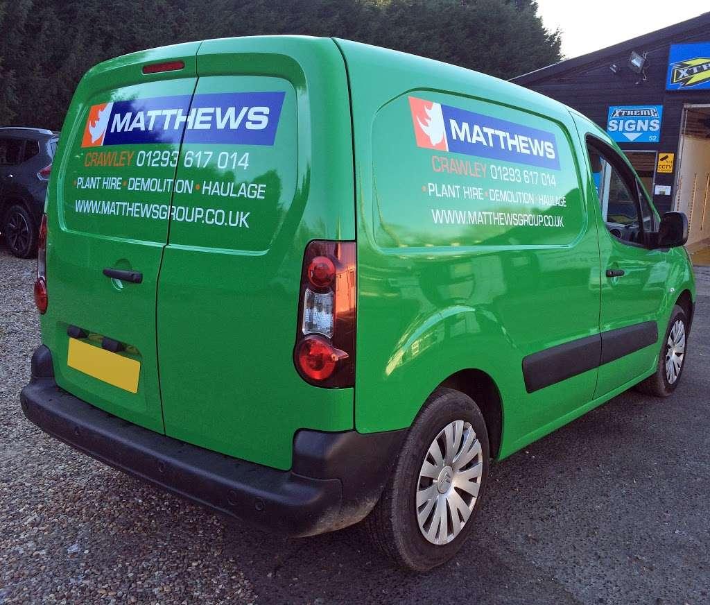 Xtreme Signs - car repair    Photo 10 of 10   Address: Unit 52, Turners Hill Road, Barns Court, Crawley Down, Copthorne, Crawley RH10 4HQ, UK   Phone: 01342 715999
