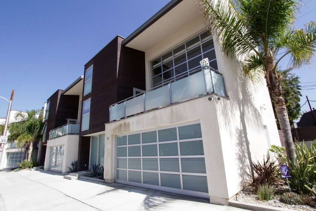 Venice Condos For Sale - real estate agency  | Photo 2 of 10 | Address: 1611 Electric Ave, Venice, CA 90291, USA | Phone: (310) 356-6068