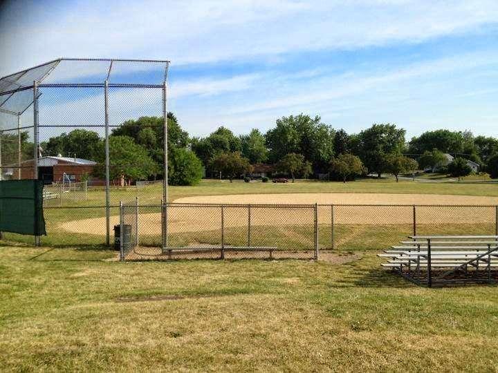 Chino Park - park  | Photo 2 of 10 | Address: 630 Illinois Blvd, Hoffman Estates, IL 60169, USA | Phone: (847) 885-7500